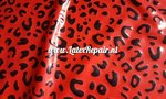 Rood leopard latex sheet stof fabric 01
