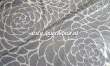 Grafische bloemen latex