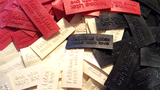 Latex rubber kleding clothing labels tags 02