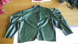 groen latex jasje maken