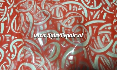Exclusive latex - Transparent red round shapes