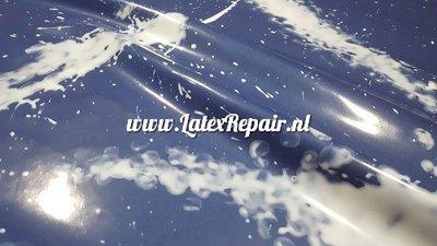 Exclusief latex - Spetters bleek effect jeans blauw