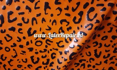 Leopard luipaard tijger print latex rubber sheet oranje orange