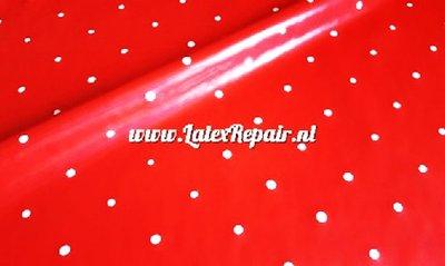 Rood latex met witte stippen
