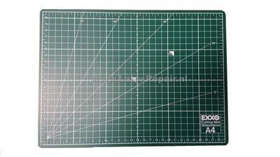 Snijmat a4 zelfsluitend groen cm inches graden dubbelzijdig flexibel 3 lagen