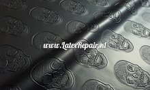 Latex sheet doodskop 3d relief om zelf latex catsuit te maken