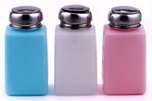 Pompje voor thinner of andere vloeistoffen zoals nagellak remover aceton